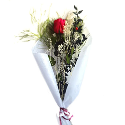 Ramillete de rosas preservadas