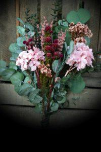 ramo de novias de rosas preservadas
