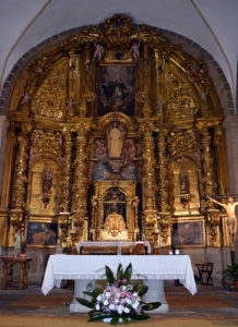 centro altar rosas